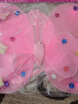 Girls 🧚‍♀️fairy Princess Costume Set for Sale in Lawndale,  CA