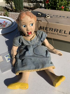 Wendy (from Peter Pan) Marionette for Sale in Murrieta, CA
