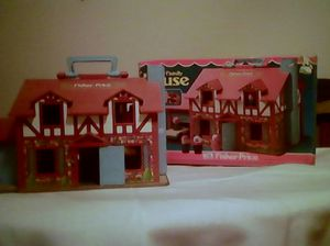Fisher Price Play Family House 1980 #952 for Sale in Sioux Falls, SD