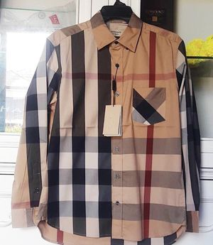 BURBERRY SHIRT FOR MEN BRAND NEW for Sale in Dallas, TX