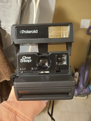 Polaroid One Step 600 film Camera for Sale in Grand River, OH