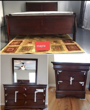 (+) SPECIAL (+) cherr bedroom set.. dresser mirror nightstand bed frame queen full twin.. brand new on display. Delivery available. for Sale in Katy, TX