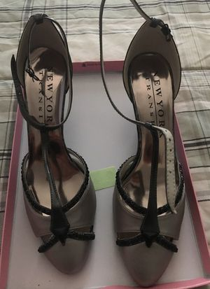 Black/grey hills size 9'M for Sale in Silver Spring, MD