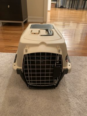 Small pet carrier with storage for Sale in Brooklyn, NY