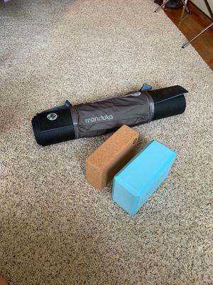 Manduka Pro Yoga Mat + 2 yoga blocks for Sale in Seattle, WA