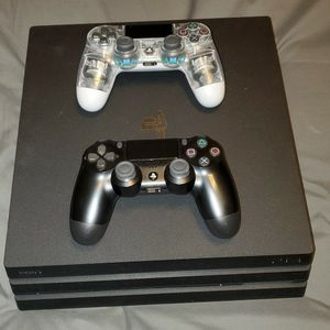 PS4 Pro 1TB (2 Controllers) for Sale in Peoria, AZ