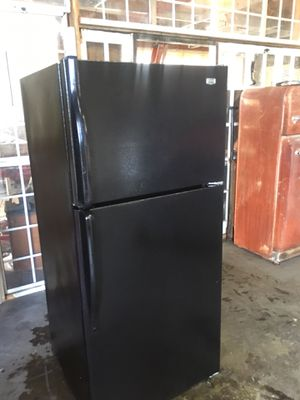 Maytag refrigerator (new) for Sale in Modesto, CA