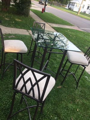 Table for Sale in Aurora, IL