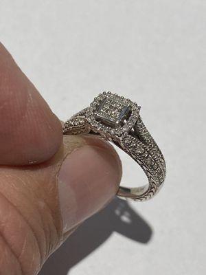 Beautiful Silver Ladies Ring with Diamonds Size 6 for Sale in Hampton, VA