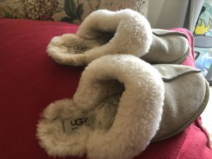 Ugg women 8 for Sale in Annandale, VA