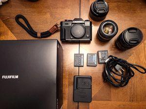 Fujifilm XT20 with XF 18-55mm lens & additional lens for Sale in Tamarac, FL