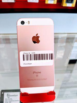 iPhone SE 32gb (Verizon Factory Unlocked) for Sale in Cypress Gardens, FL