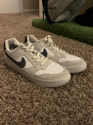 Nike Sb Skate Shoes for Sale in Canyon Lake, CA