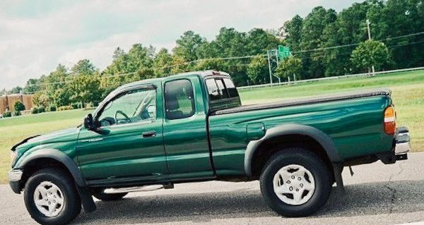 2002 Toyota tacoma excellent