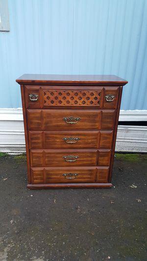 Dresser(PENDING) for Sale in Hillsboro, OR