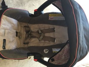 Infant girl carseat for Sale in Austin, TX