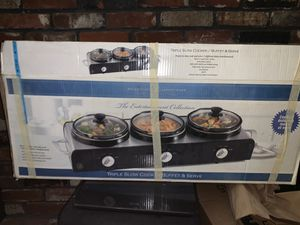 Perfect condition TRIPLE CROCK POT for Sale in Milwaukie, OR