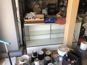 Selling a display case for Sale in Fresno, CA