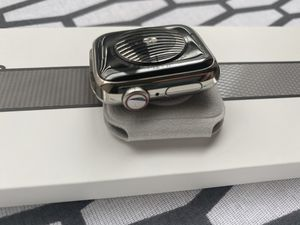Apple series 5 40 MM stainless steel GPS+LTE for Sale in Houston, TX