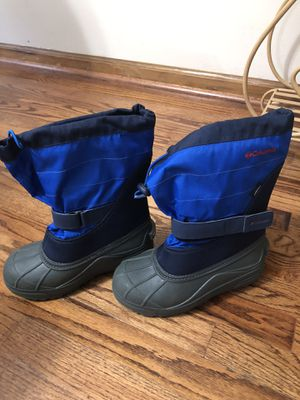 COLUMBIA BOOTS for Sale in Kennesaw, GA