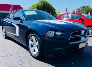 Dodge charger 2014 V6 con pago inicial de $2500 for Sale in Dallas, TX