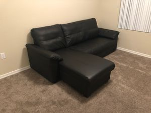 New black leather couch for Sale in Phoenix, AZ