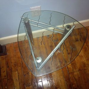 End tables x2 for Sale in Dallas, TX