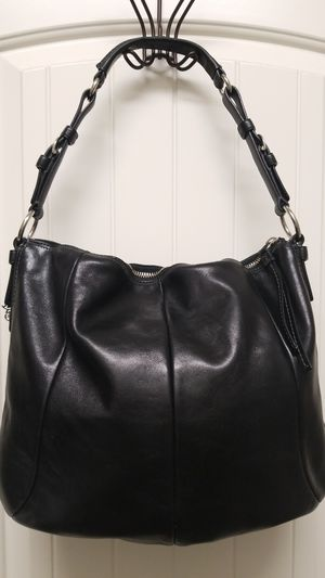 Authentic Coach leather hobo purse for Sale in Buckeye, AZ