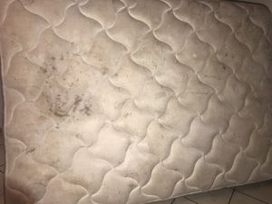 FREE Full mattress in good shape but really dirty for Sale in Fort Worth, TX