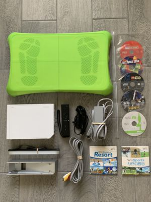 Nintendo Wii Sports Fitness Bundle for Sale in Chino Hills, CA