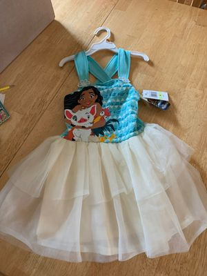 New moana dress with tags size 4t for Sale in Riverside, CA