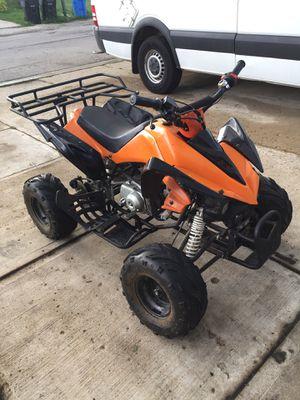 110cc 4 wheeler with reverse for Sale in Oak Lawn, IL