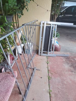 Twin metal bed frame for Sale in Cocoa Beach, FL