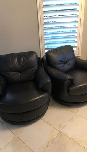Leather chairs for Sale in Bonita, CA