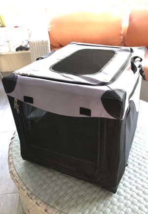 Folding dog cage with Cushion for Sale in Miami, FL