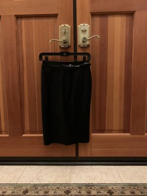 New Black Pencil Skirt, size 0 for Sale in Escondido, CA
