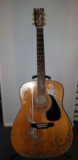 Yamaha Acoustic Guitar 1982 for Sale in Kirkland,  WA