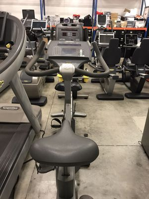 Life Fitness upright bike 90C refurbished for Sale in Miami, FL