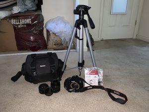 Canon EOS 2000D (Rebel T7) for Sale in Sacramento, CA