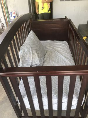 Wood Crib with Changing Table for Sale in Fresno, CA