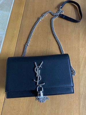 YSL Saint Laurent Medium Kate Tassel Chain Bag for Sale in Atlanta, GA