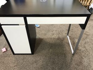 Nice desk for Sale in Tigard, OR