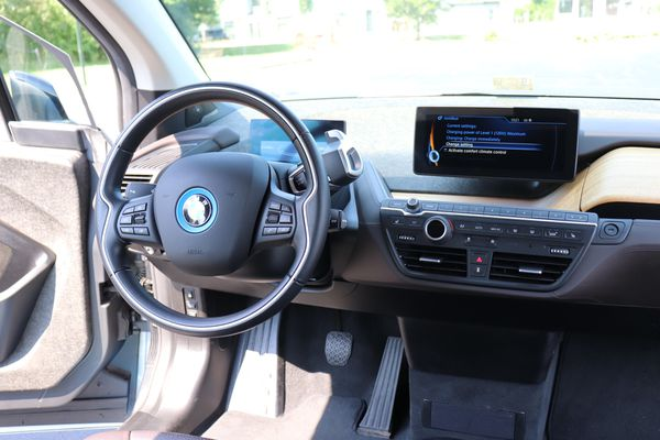 BMW CERTIFIED - 2015 BMW i3 with Range Extender