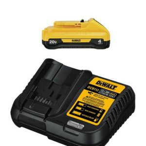 Dewalt 4AH battery 20v and charger for Sale in Bakersfield, CA