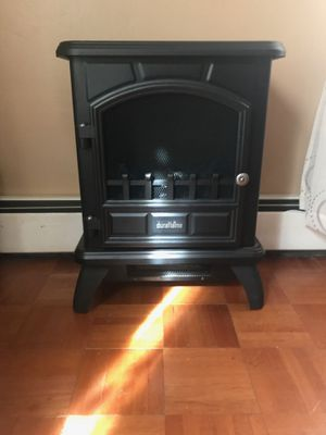 Small Electric fireplace heart . Works perfectly. for Sale in North Smithfield, RI