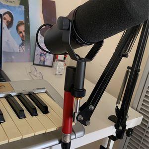 Shure SM7B Dynamic Microphone & SE electronics dynamite for Sale in Long Beach, CA