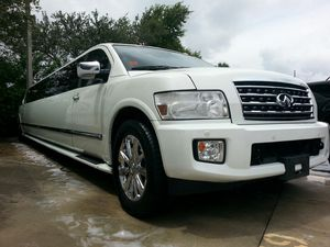 2008 Infinity QX56 220inch Limo for Sale in Lake Worth, FL