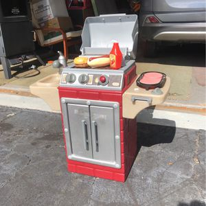 Little Tikes Kids Grill for Sale in Boca Raton, FL