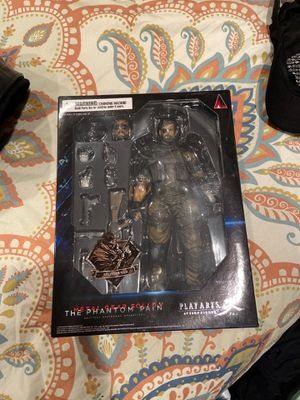 Metal Gear Solid ~ VENOM SNAKE (SPLITTER) ~ Play Arts KAI ~ 100% Authentic for Sale in Brooklyn, NY