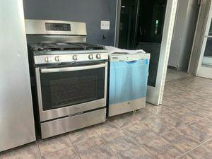 GE Range and Dishwasher for Sale in Monroe, MI